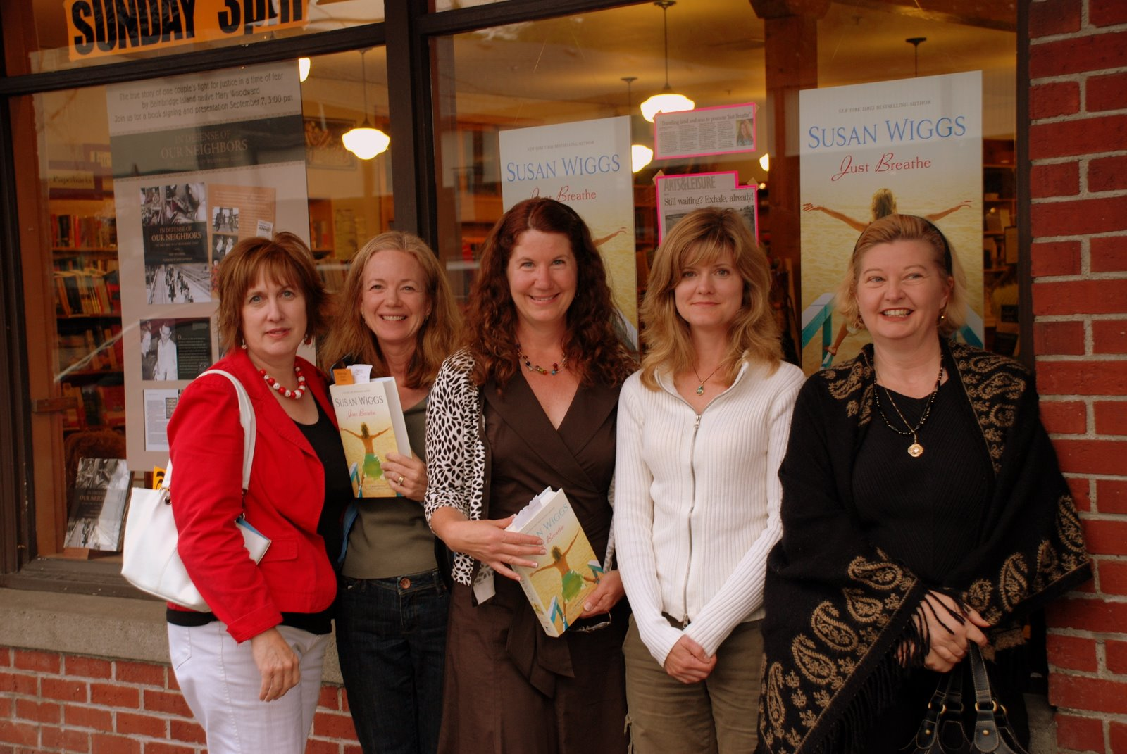 Eagle Harbor booksigning 006